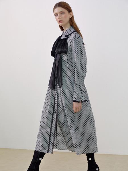 ROMANCHIC女装品牌2019秋冬印花裙灰色