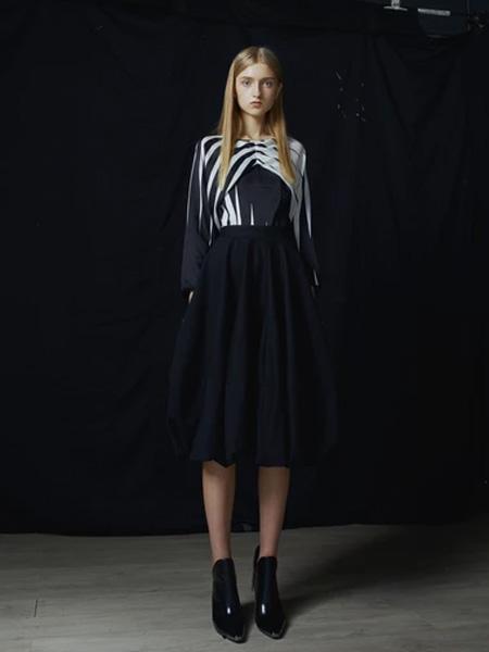 IRADA女装品牌2019春夏时尚潮流裙