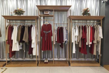 衣艾品牌店铺展示