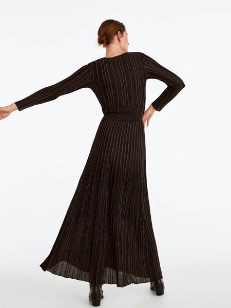 UTERQUE女装品牌2019秋冬黑色条纹长裙