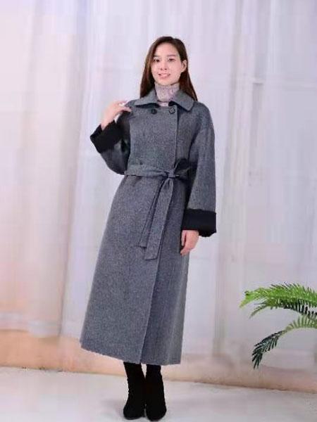 SISTER KUN女装品牌2019秋冬纯色裙子