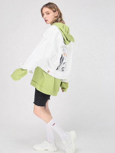 didimax女装品牌2019秋冬白色印花外套