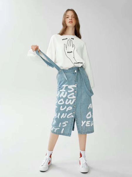 SY+女装品牌2019秋冬印花T恤