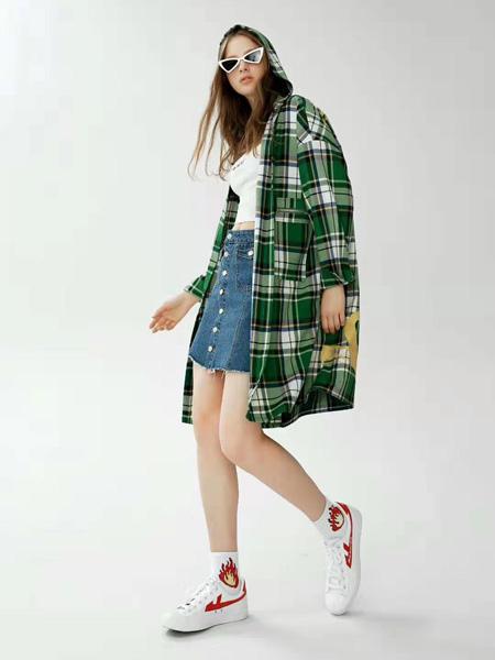 SY+女装品牌2019秋冬格子外套