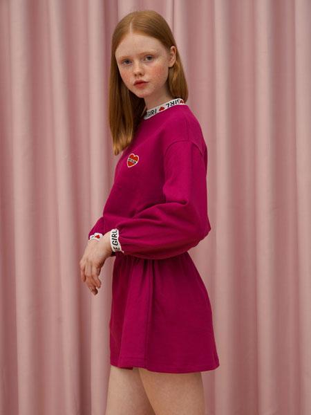DEARSTALKER女装品牌2019秋冬红色裙子