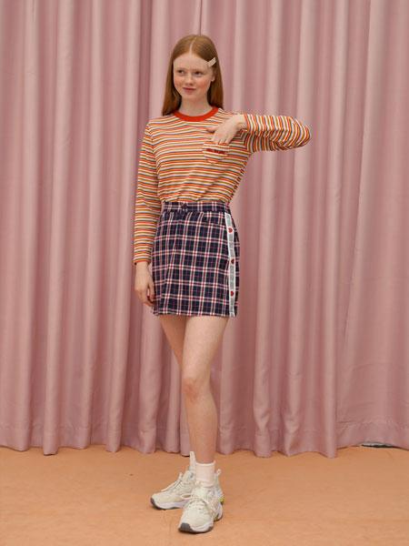 DEARSTALKER女装品牌2019秋冬条纹上衣