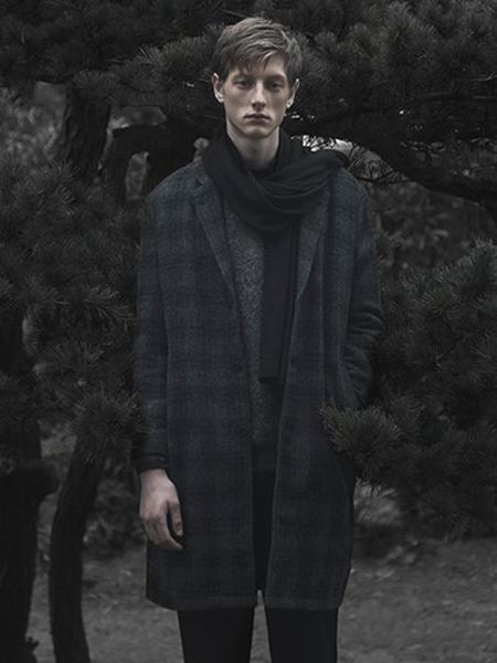 樸術男装品牌2018秋冬黑色格子大衣