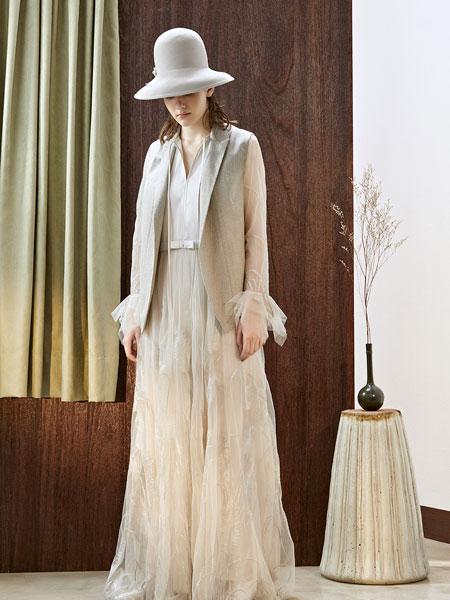 J&NINA女装品牌2019秋冬时尚潮流外套