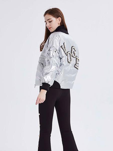 尚来女装品牌2019秋季字母短款外套