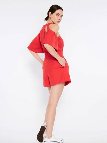 Emma Wallace女装品牌2019秋冬红色裙子