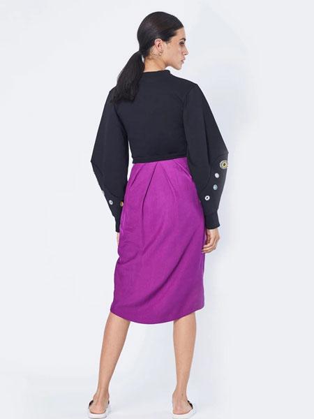 Emma Wallace女装品牌2019秋冬紫色裙子