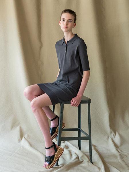 WRAPINKNOT国际品牌品牌2019春夏休闲套装