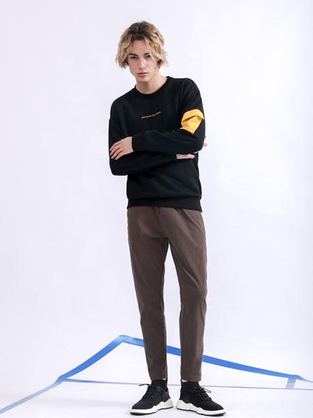 莎斯�R思男�b品牌2019秋季黑色字母印花�l衣