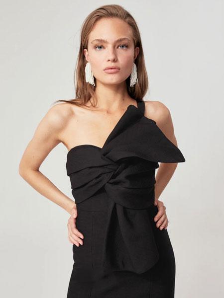 C MEO COLLECTIVE国际品牌2019秋冬黑色裙子