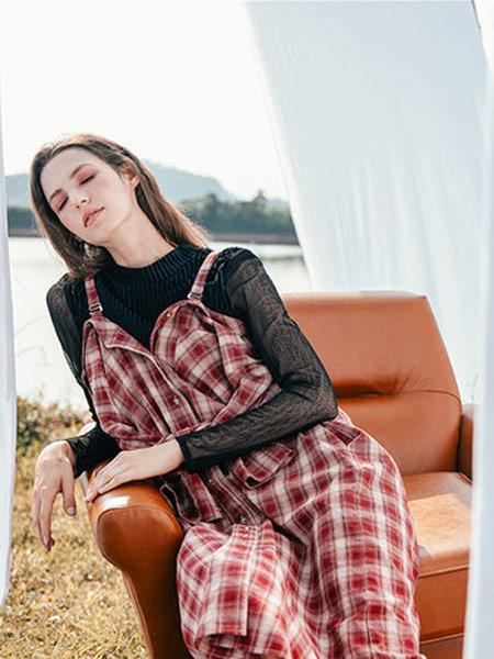 Zimple女装品牌2019秋冬格子裙
