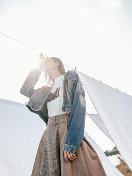 Zimple女装品牌2019秋冬潮流印花T恤