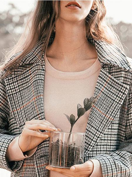 Zimple女装品牌2019秋冬灰色格子外套