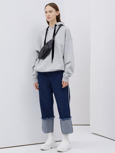 Ashish阿西施女装品牌2019秋冬纯色连帽加绒卫衣