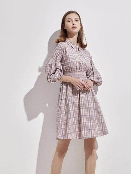EMIVA艾蜜唯娅女装品牌2019秋季新款韩版机车短款修身水洗软皮夹克女百搭