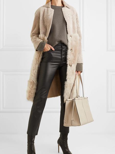 Taller Marmo女装品牌2019秋冬羊羔毛长款外套