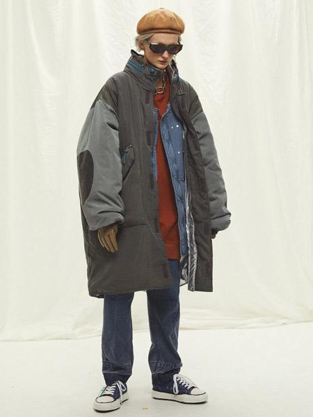 COMOLI国际品牌品牌2019秋冬时尚棉服