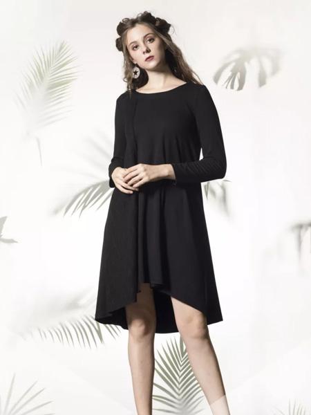 禾文阿思/印巴文化女装品牌2019秋冬大码连衣裙