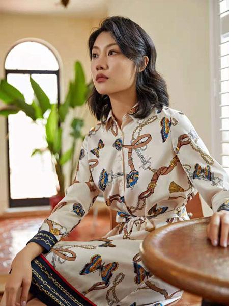 丝珂/奥克女装品牌2019秋冬花色衬衫连衣裙