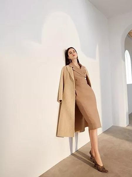 红凯贝尔女装品牌2019秋冬羊毛优雅双面呢大衣