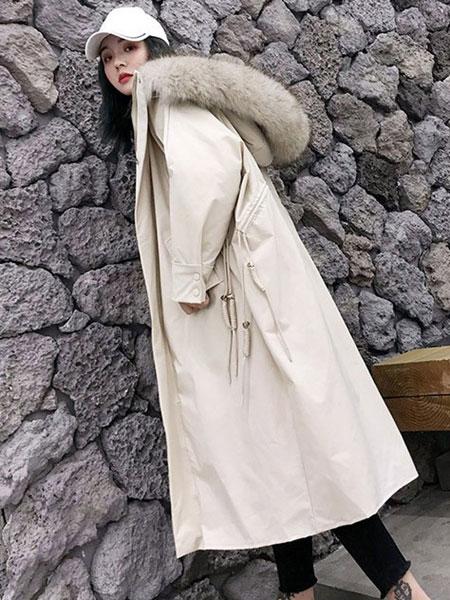 夺宝奇兵女装品牌2019秋冬轻薄保暖棉服