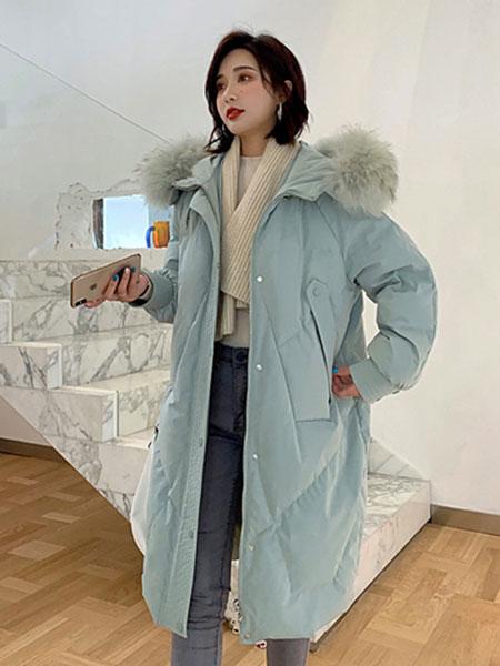 夺宝奇兵女装品牌2019秋冬轻薄保暖羽绒服