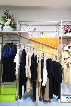 真斯贝尔品牌店铺展示