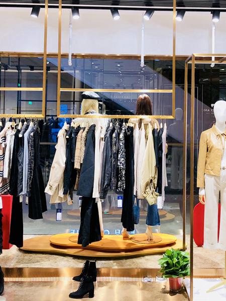 奕辰女装,创百年企业,成为世界轻奢时装品牌