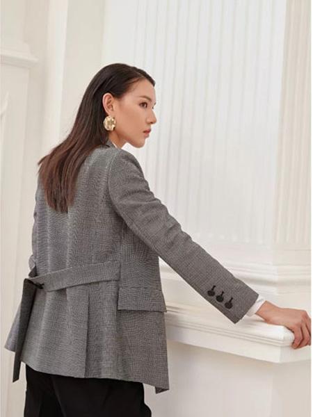 洛瑞琳女装品牌2019秋季纯手工双面羊绒大衣女人字纹全羊毛系带不规则短款小个子毛呢外套
