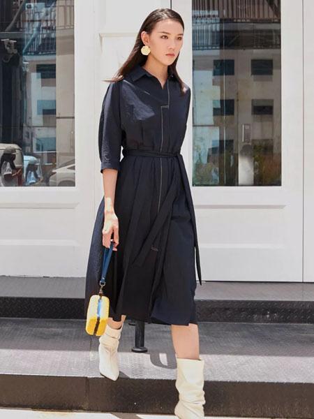 洛瑞琳女装品牌2019秋季中长款英伦风衣九分袖外套