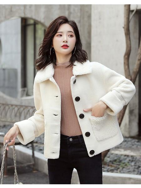 戴西街女装品牌2019秋冬短款毛呢外套