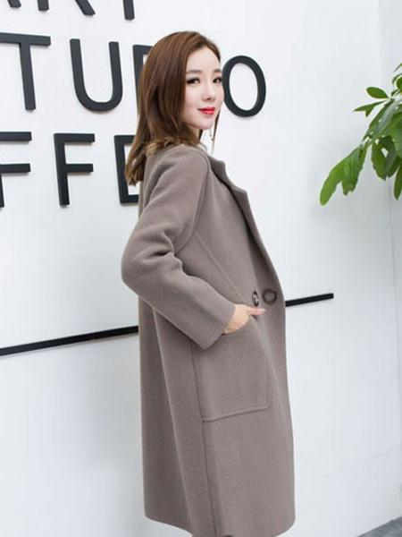 芝麻E柜女装品牌2019秋冬呢子大衣