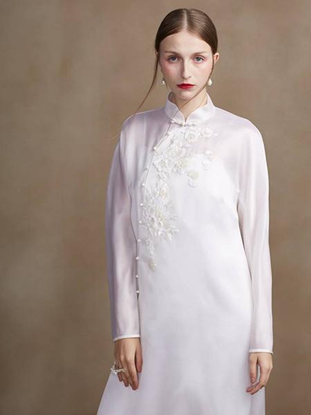 盖娅传说女装品牌2020春夏长袖裙子