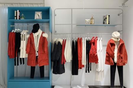 CLORIS MAAT、DR品牌店铺展示