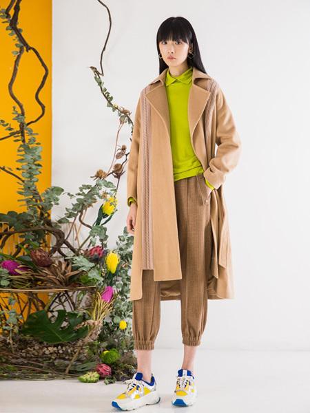芙纯FULLPURE女装品牌2019秋冬大衣