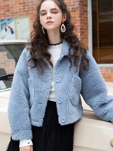 LIYA LISA莉雅莉萨秋冬新款天蓝色外套 保暖