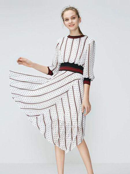 维艾诗女装品牌2020春夏白底波点连衣裙 日系韩版慵懒风