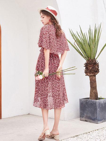 维艾诗女装品牌2020春夏红色透纱波点连身裙 日系韩版百搭