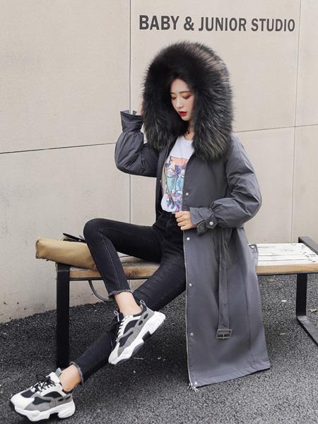 薇诺女装品牌2020秋冬灰色大衣