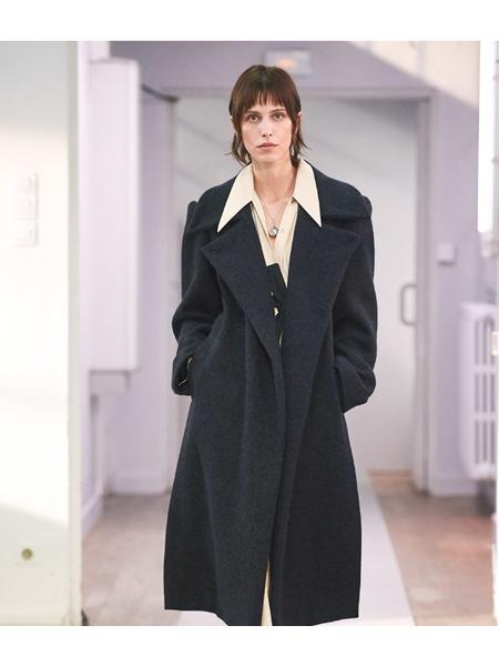 Lemaire国际品牌品牌时尚毛呢大衣