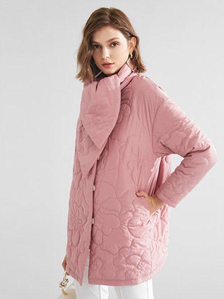 阔太时尚外套女2019秋冬新款加厚棉衣长袖保暖围巾领单排扣女