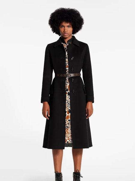 路易威登国际品牌品牌2019秋冬新款纯色大衣