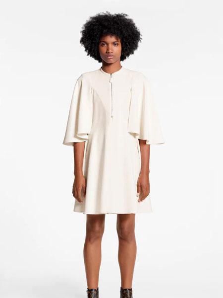 路易威登国际品牌品牌2019秋冬新款纯色简洁裙子