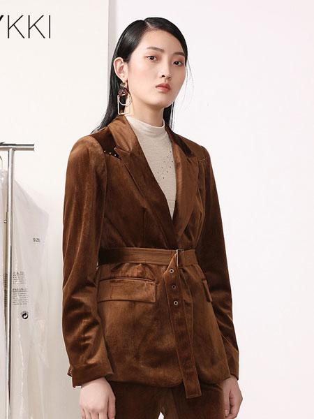 IVYKKI女装品牌2019秋冬西服两件套