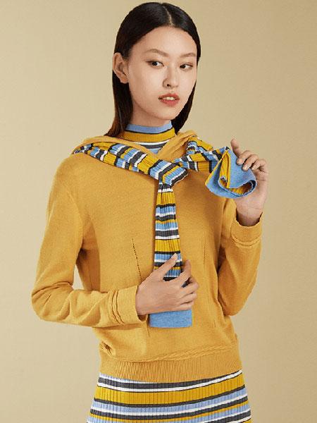 维格娜丝女装品牌2019秋冬爆款打底衫