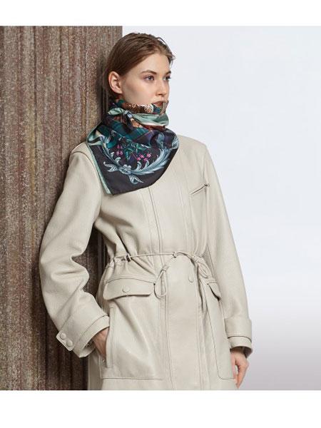 菲拉格慕国际品牌品牌2019秋冬桑蚕丝拼接围巾